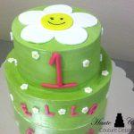 Baby bright daisy cake