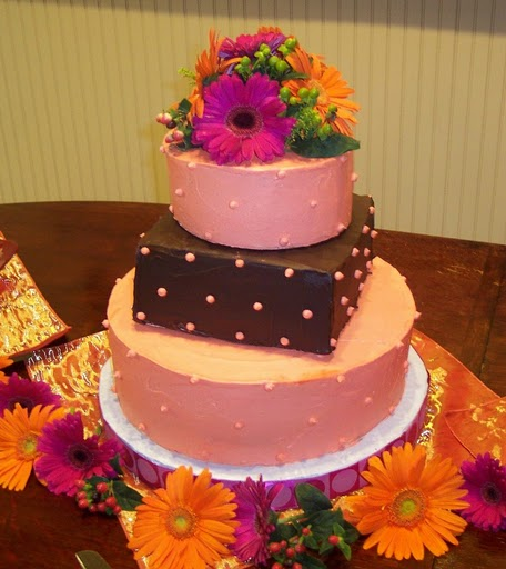 Everything You Need To Know About Wedding Cake: Haute Cakes
